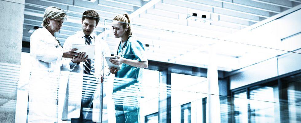 Mediziner, digitales Management
